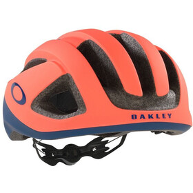 Oakley ARO3 Helmet tour de france 2021